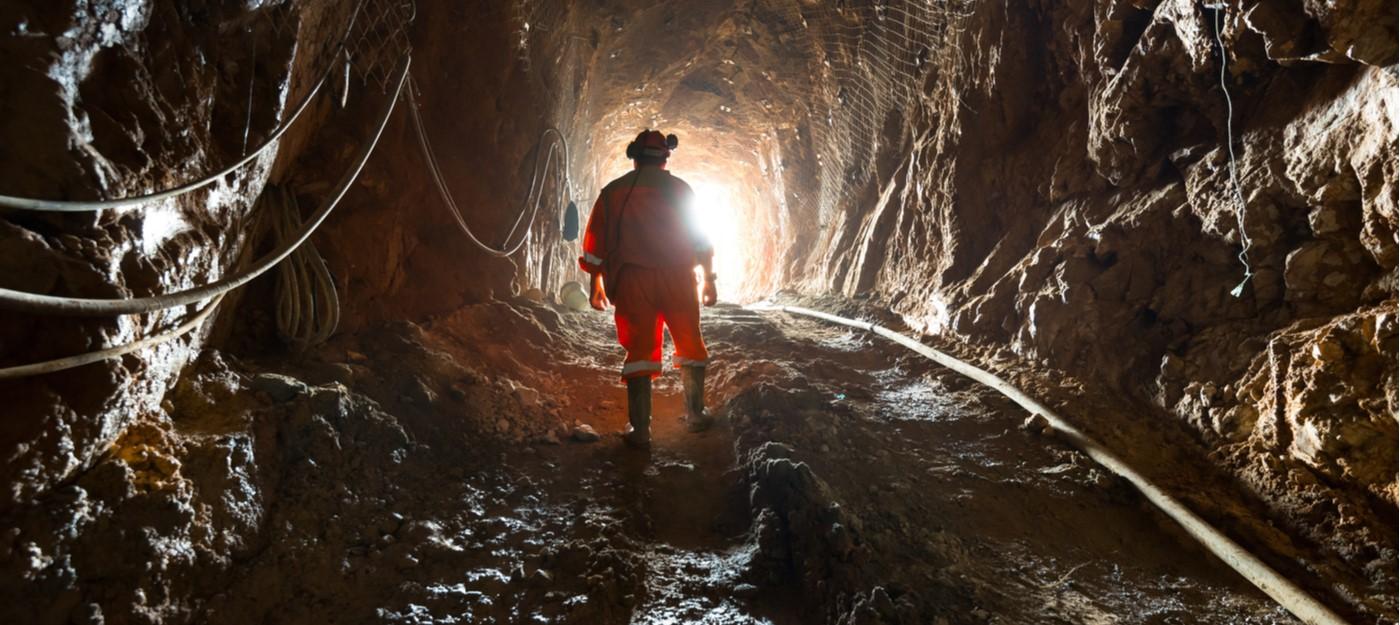 Leaky feeder communications in mines (Shutterstock)